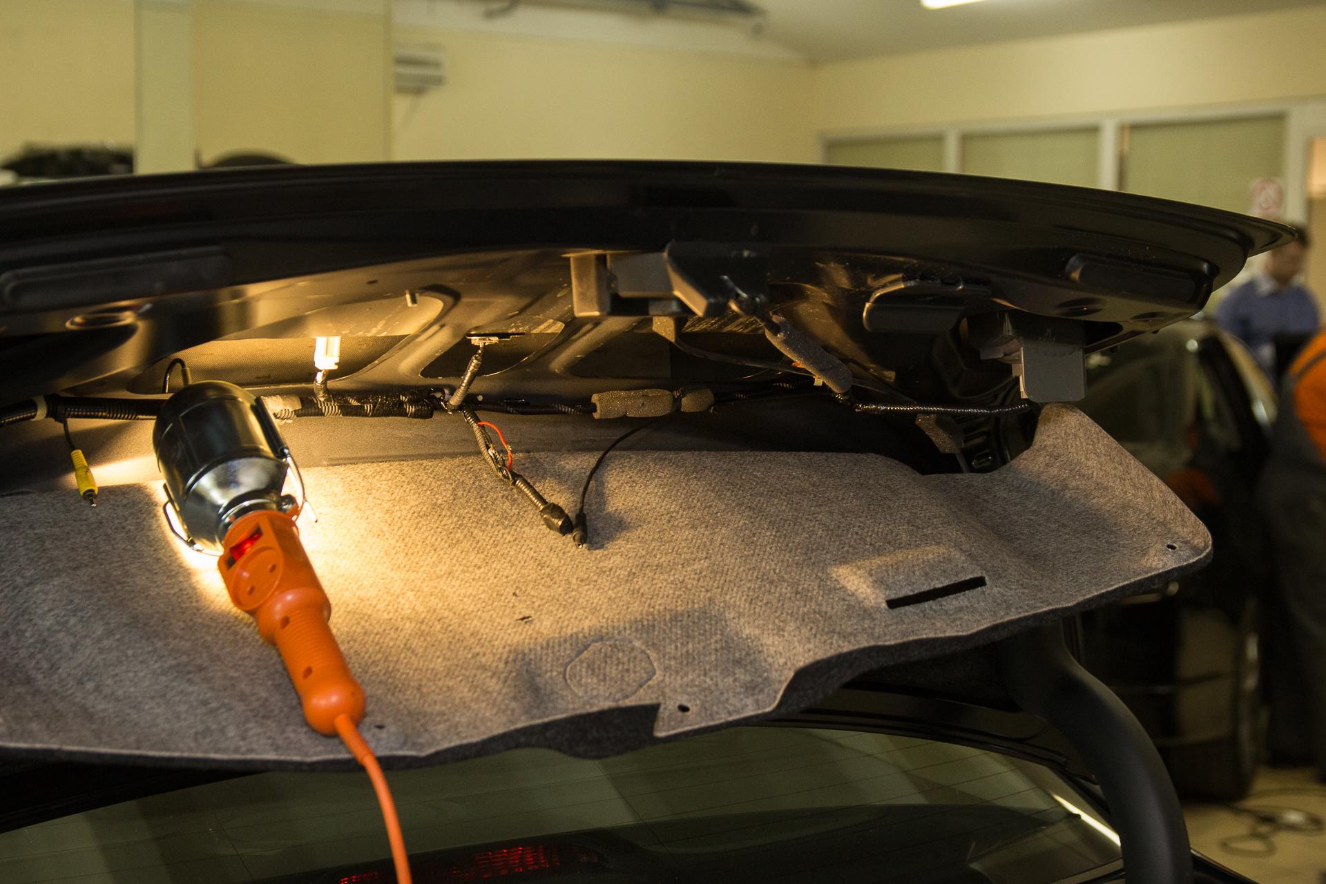 Установка камеры заднего вида на Honda Accord