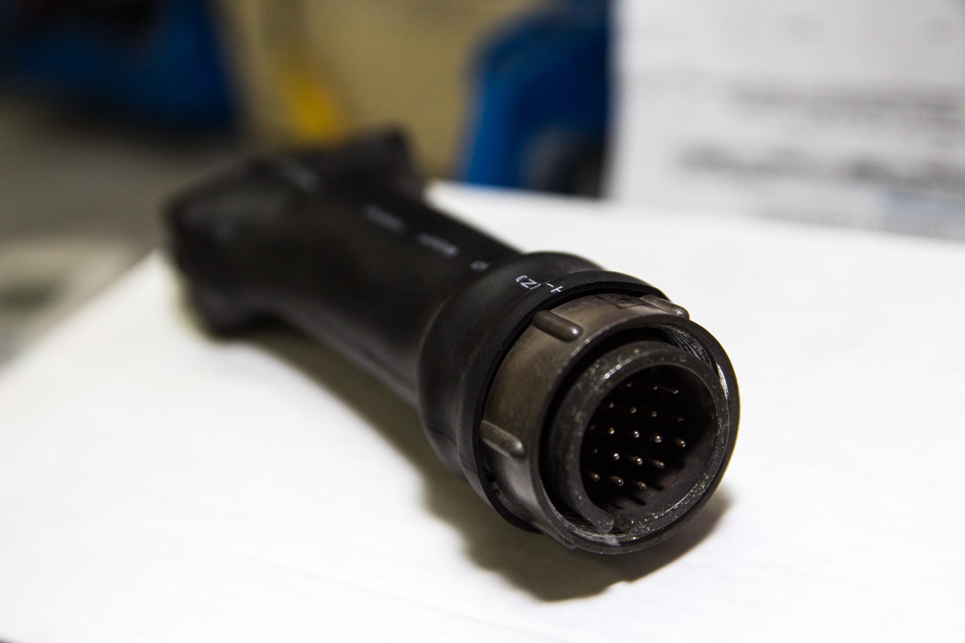 Переделка OBD-разъема на BMW 5 F10