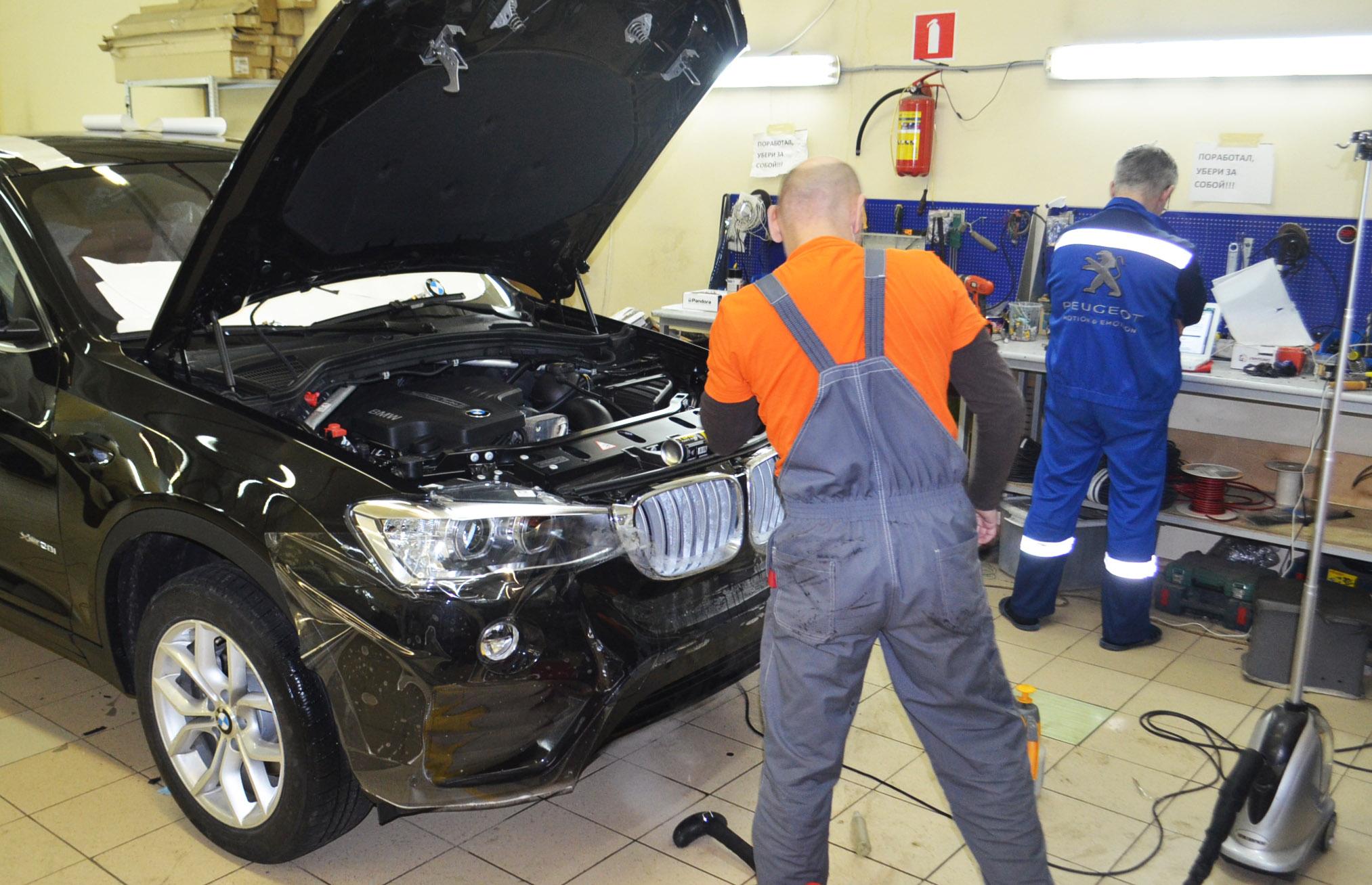 Оклейка BMW X4 антигравийной пленкой