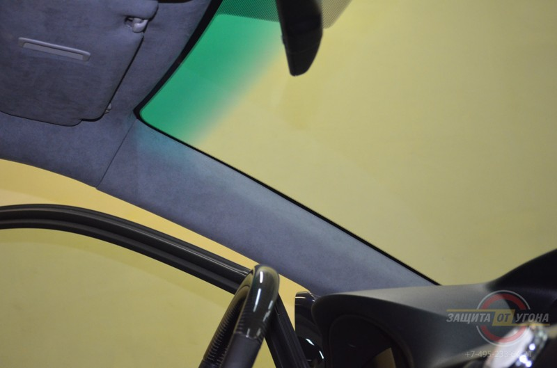 Перетяжка потолка Алькантарой на RX 350