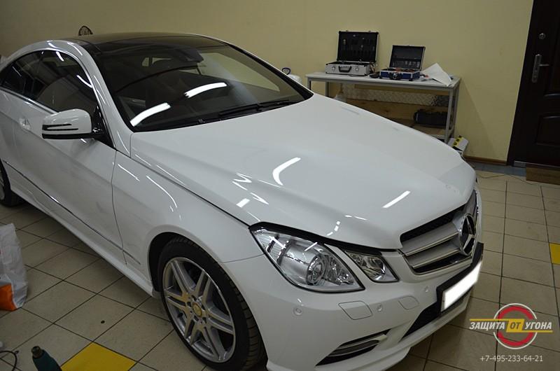Защитная плекна на Mercedes Е 2012