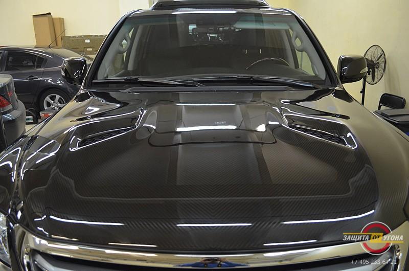 Обвес Khann, карбоновый капот Khann и диски Khann 22 на Lexus LX 570