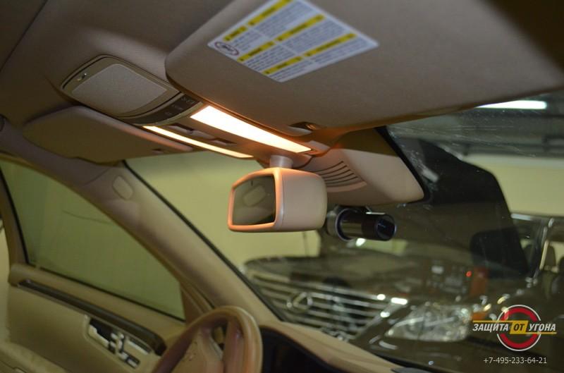 Подключение видеорегистратор Blackvue 500 на Mercedes S221