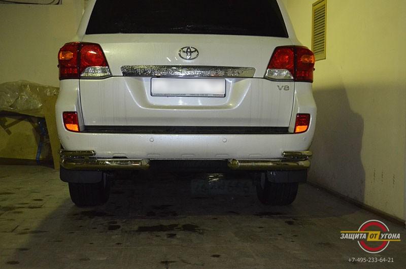 Металлический обвес TСС на Toyota LC 200