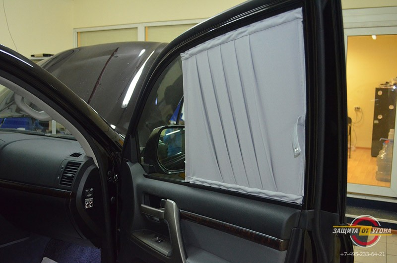 Передние шторки на Toyota LC 200