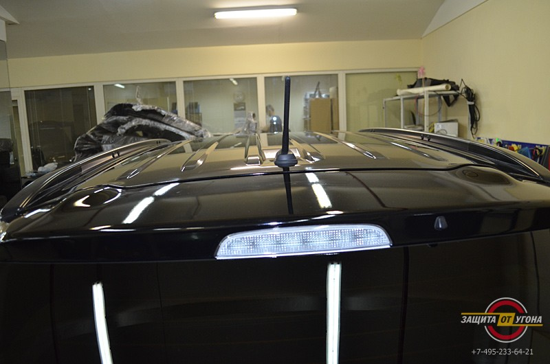Передний бампер Larte и матовая пленка на крышу на Mitsubishi Outlander